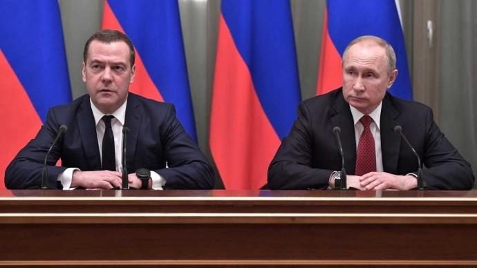 Правительство России подало в отставку после встречи с Путиным