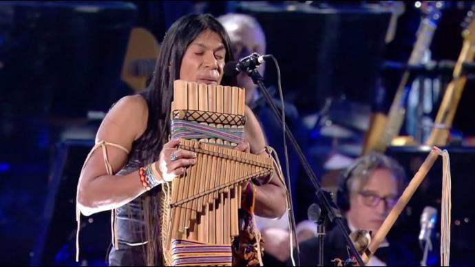 "Leo Rojas live with Orchestra at Concerto di Natale 2019 - Official ""El Condor Pasa"""
