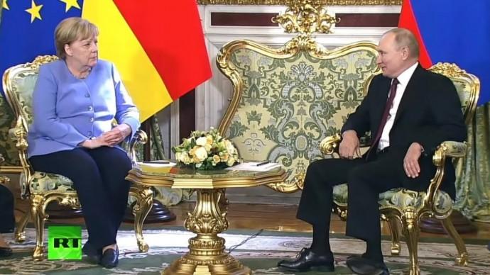 Срочно! Первые ЗАЯВЛЕНИЯ Путина и Меркель со встречи в Москве!