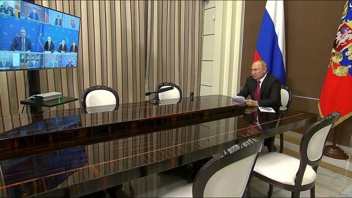 Путин раскритиковал выполнение поручений по развитию космической отрасли