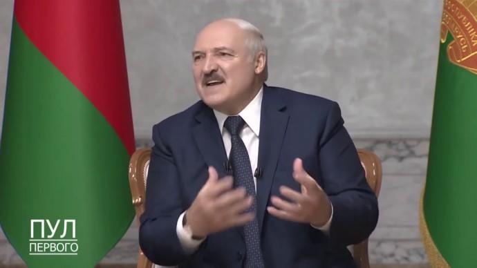 Подавляющее БОЛЬШИНСТВО! Лукашенко сделал НОВОЕ заявление о ситуации в Белоруссии!