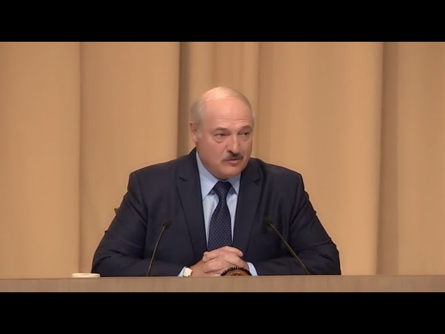 «Бессимптомно, на ногах»: Лукашенко заявил, что переболел коронавирусом