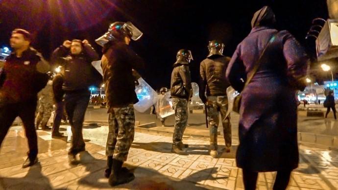 Иран 2020. Нападение на туристов. Что здесь творится! Алкоголь и деревня троглодитов #4