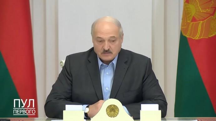 Срочно! Лукашенко СОБРАЛ силовиков на фоне новых ПРОТЕСТОВ в Минске!