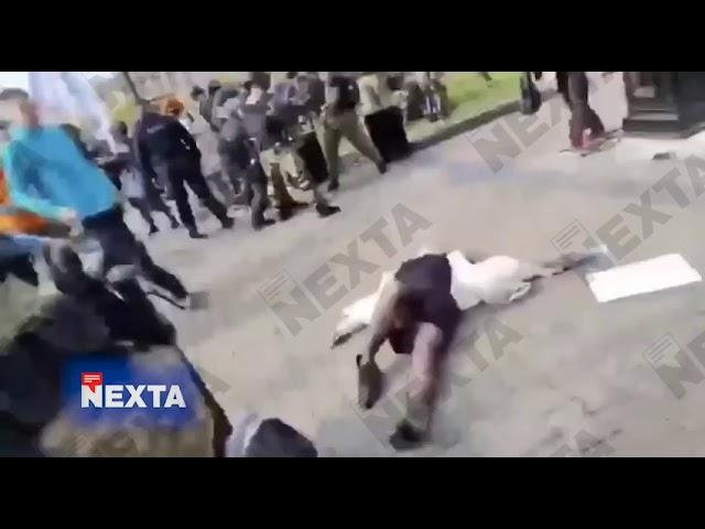 В Хабаровске ОМОН задержал участников митинга в поддержку Фургала