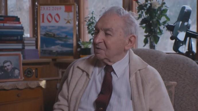 307 боевых вылетов: история Василия Решетникова