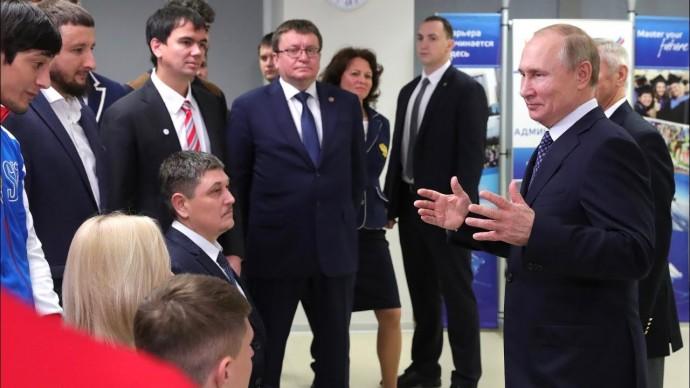 Владимир Путин: развивать не только олимпийское, но и паралимпийское движение