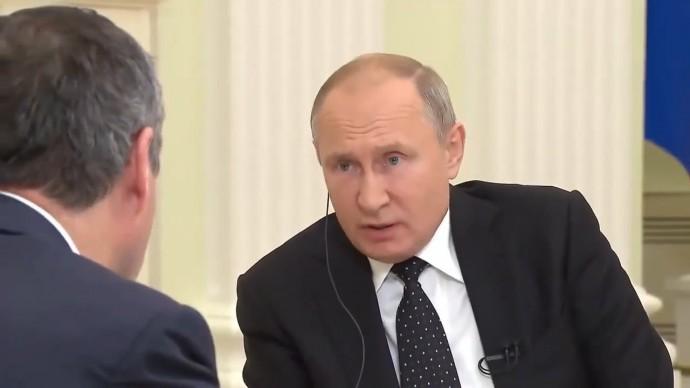 Интервью Путина удивило американских разведчиков, маскирующихся под журналистов