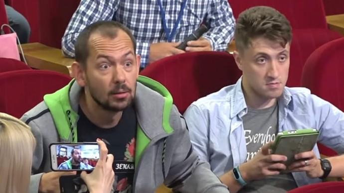 Киев в ШОКЕ! Захарова РАЗМАЗАЛА украинских журналистов!