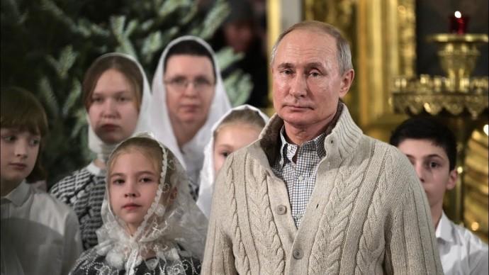 """""""Вера в торжество добра"""". Путин поздравил россиян с Рождеством"""