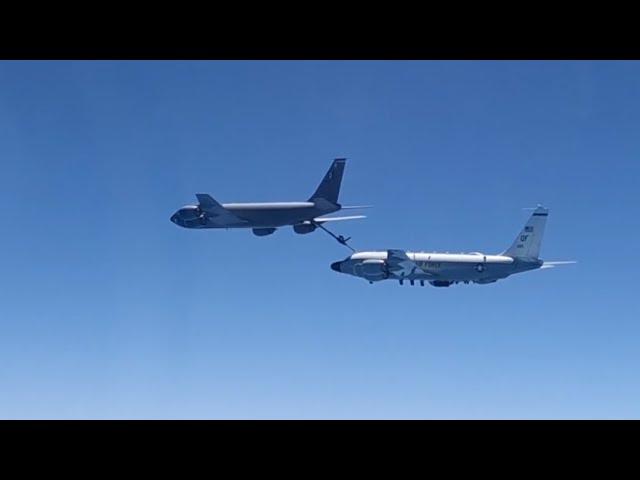 Кадры перехвата самолётов ВВС США над Чёрным морем