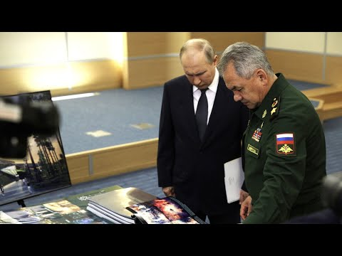 Шойгу представил Путину макет нового главного музея Вооруженных сил