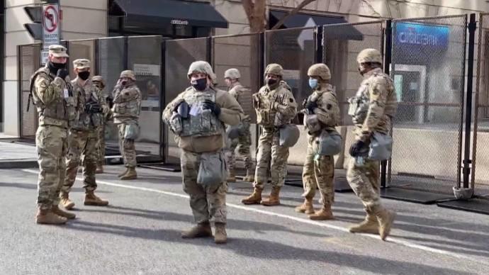 «Красная зона» в центре Вашингтона: как в США готовятся к инаугурации Джо Байдена