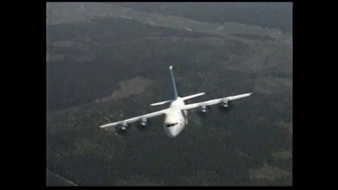 Ан-70 — среднемагистральный грузовой самолет.