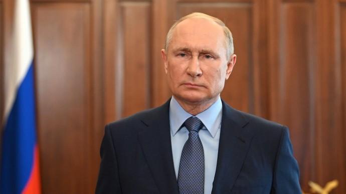 Путин заявил о необходимости наращивать темпы вакцинации