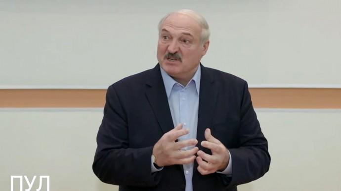Срочно! Лукашенко рассказал, как Запад призвал Путина СДАТЬ Белоруссию!