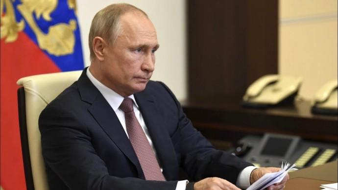 Развели канитель. Путин возмутился ситуацией с выплатами медикам
