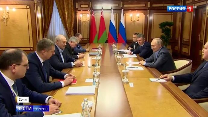 Срочно! НЕОБЫЧНЫЕ переговоры Путина и Лукашенко! На что ПОЖАЛОВАЛСЯ президент Белоруссии??