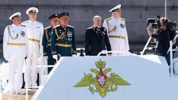 Владимир Путин: Наследники моряков-победителей никогда не подведут Родину
