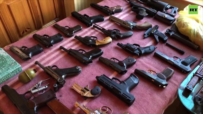 ФСБ и МВД пресекли деятельность десяти подпольных оружейных мастерских — видео