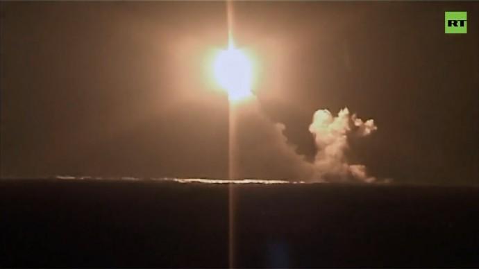 Первый пуск «Булавы» стратегическим ракетоносцем «Князь Владимир» — видео