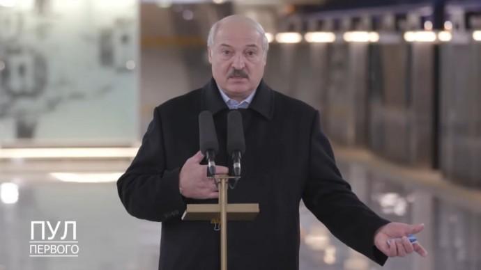 """""""У себя разберитесь!"""" Лукашенко ОТВЕТИЛ на призывы Запада провести новые выборы"""