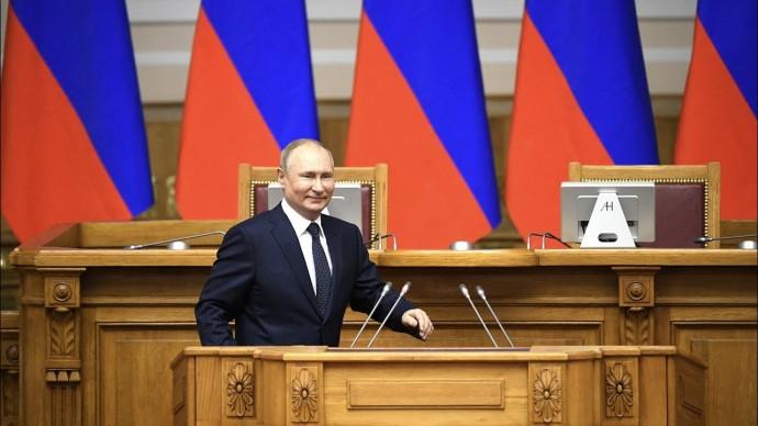 Путин призвал не повторять ошибок 90-х годов на осенних выборах