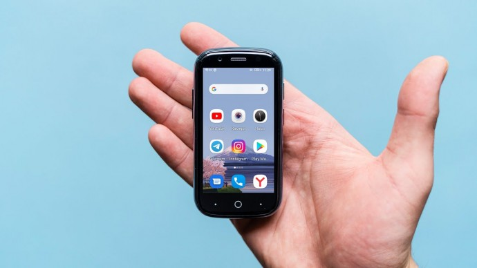 Самый маленький смартфон на Android 10, с NFC и 128 ГБ памяти