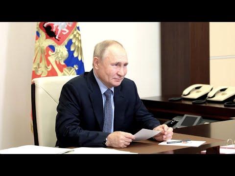 Путин: власти РФ должны не навязывать вакцинацию, а объяснять правильность такого выбора