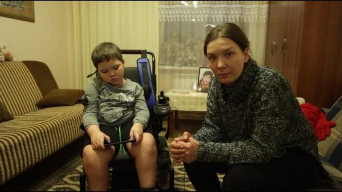 Семья Рукосуевых добивается получения лекарства для ребёнка с СМА и наказания за смерть сына