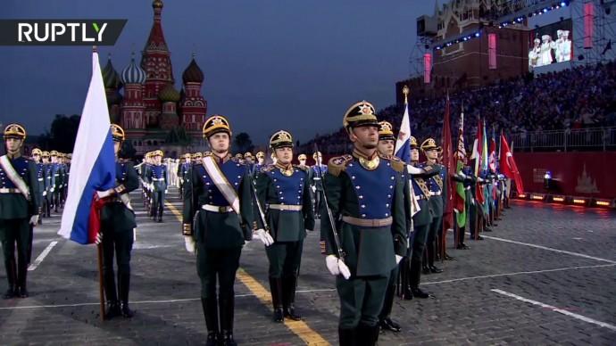 В Москве состоялось открытие фестиваля военных оркестров «Спасская башня»