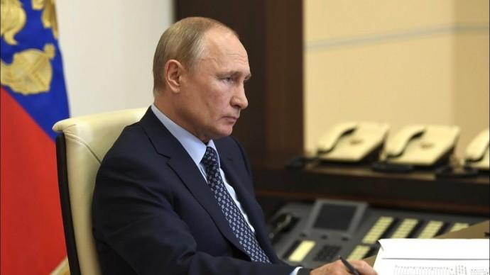 """""""Позитивная динамика"""" закрепляется. Путин о ситуации с COVID в России"""