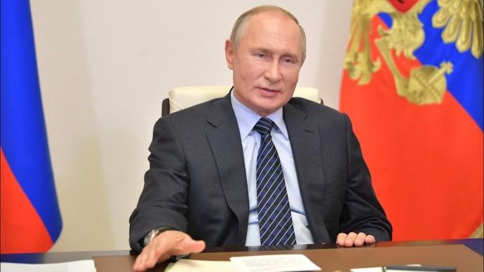 Без тотальных запретов. Путин высказался о ситуации с COVID в России