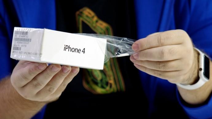 Распаковка iPhone 4 - в ожидании iPhone 12. Дизайн длинною в 10 лет...