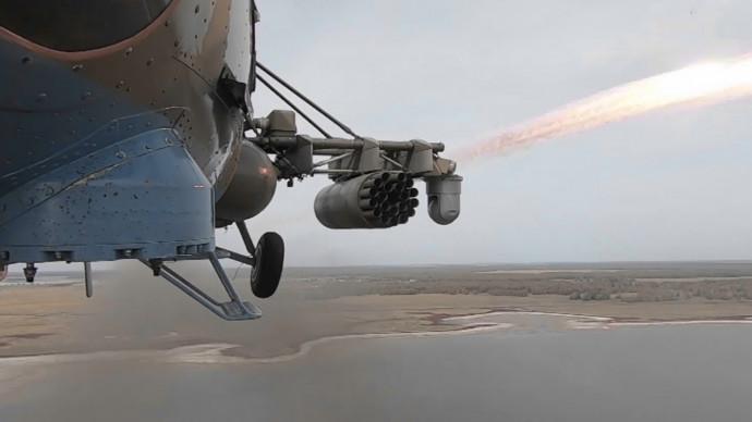 Вертолетчики ЦВО провели тактические учения в Челябинской области