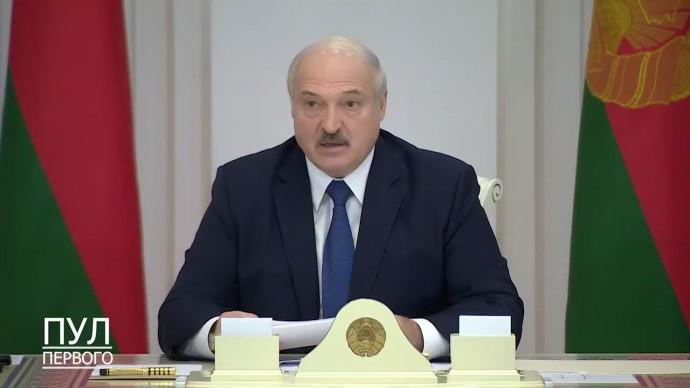 """""""Я не намерен ЗАКРЫВАТЬ страну!"""" Лукашенко сделал новое ЗАЯВЛЕНИЕ о ситуации в Белоруссии!"""