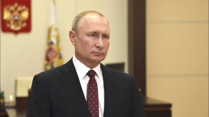 Владимир Путин поздравил выпускников высших военно-учебных заведений России